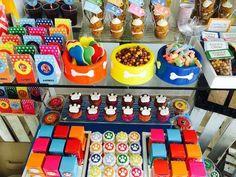 Ideas para fiestas infantiles de La Patrulla Canina. Decoración, comida, la tarta, todos los detalles para organizar un cumpleaños temático de Patrulla Canina. | https://lomejordelaweb.es/