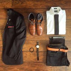 #stylegrid @chrismehan #stylishmen #dapper #Tie #ainsleyandtroupe #menwithstyle #Pocketsquare pin: @pocketsqua.re  #Shirt: #nordstrommen  #Collarstays: #twillory  #Boots: #johnstonmurphy  #MensBracelet: #taft #menswear #MensWatch: #fossil #dappermen #gq #MensBlazer: #expressrunway #gqinsider #MensJeans #belt: #levis #Mensshoes #welldressed @mallenpics by mallenpics