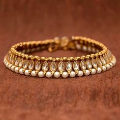 Wedding Jewelry Anvi's Beautiful Anklets Studded with White Kundhan, Antique Beads and Pearls - Online Shopping for Anklets by Anvi Collections Indian Jewelry Sets, India Jewelry, Pearl Jewelry, Wedding Jewelry, Antique Jewelry, Jewelery, Fine Jewelry, Women's Jewelry, Jewellery Box