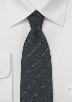 Krawatte zarte Streifen nachtschwarz