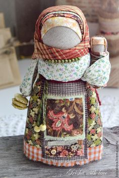 This doll has pancakes, what. made by Irisha Kolpakova, shop name kolpakova @ livemaster. Folk, Natural Toys, Matryoshka Doll, Waldorf Dolls, Doll Hair, Soft Sculpture, Diy Doll, Fabric Dolls, Doll Patterns