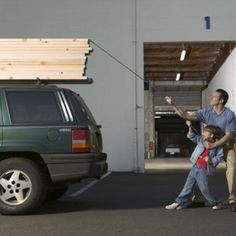 How to safely lash lumber to your car. | Photo: Getty Images/Robin Bartholick | thisoldhouse.com