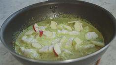 HURTIG karry med fisk, æbler, kål og ingefær