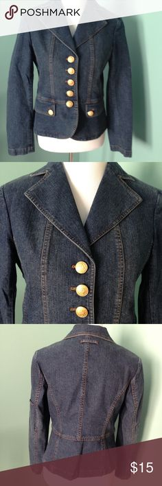 """Jean jacket size 8 Jean jacket made by the Peterman Co, gold tone buttons. 85% cotton 13% polyester 2% spandex. Shoulder 16"""" sleeve 23"""" length 22 the Peterman Co Jackets & Coats Jean Jackets"""