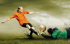 We've compiled a list of inspirational soccer quotes that will inspire you to greatness - even if soccer isn't your favorite sport. These quotes apply just as well to soccer as they do to life, and if you take them to heart, you'll surely feel inspired. Real Madrid Tickets, Citation Football, Marshall Football, Inspirational Soccer Quotes, Modelos Victoria Secret, Football Rules, Pure Football, Sports Wallpapers, Soccer Quotes
