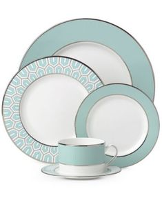 The Clara Aqua Collection 5-piece place setting from Brian Gluckstein by Lenox features elegant, clean lines in gleaming silver-tone with an aqua pop of color for fine dining with vintage appeal. | Bo