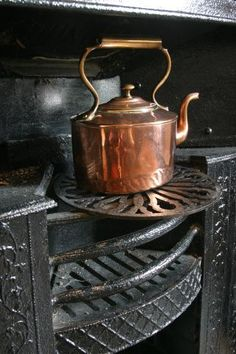 Copper kettle, kitchen at Chawton Cottage, JASNA