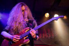 "Alexandra Lioness på Instagram: ""Photo by Dare Brenko #guitaristsofinstagram #guitarplayer #guitar #guitarist #femaleguitarist #femaleguitarplayer #rock #metal #heavymetal…"""