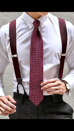 Tirantes Classic style we are addicted to Suspenders Outfit, Groom Suspenders, Designer Suits For Men, Classy Casual, Sharp Dressed Man, Dress For Success, Suit And Tie, Gentleman Style, Look Chic