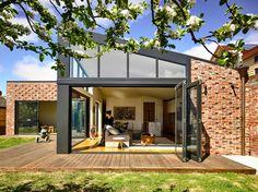 Gallery of Lake Wendouree House / Porter Architects - 1