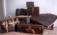 Louis Vuitton Luggage 1 lv speedy ✅ 1 lv carry all ✅ I still want a lv luggage and a lv trunk vintage preferred Vintage Louis Vuitton, Louis Vuitton Luggage Set, Lv Luggage, Luggage Sets, Louis Vuitton Monogram, Lv Handbags, Louis Vuitton Handbags, Louis Vuitton Damier, Vuitton Bag