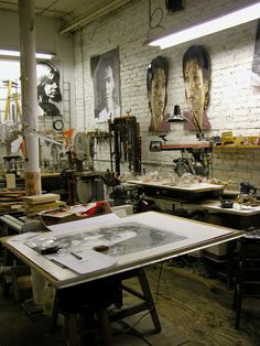 Tom Robinson, Chicago, IL. Oh for an art studio to play and play and play!!