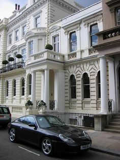 Victorian Architecture - Notting Hill - Victorian houses and German sportscars London Townhouse, London House, London Life, Notting Hill London, London Dreams, Victorian Architecture, House Architecture, Second Empire, Good House