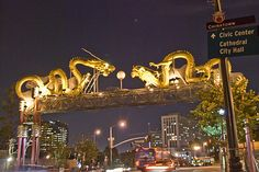 Arch of twin dragons chasing pearl, Los Angeles, United States
