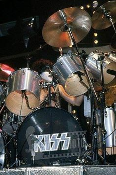 Rock And Roll Bands, Rock N Roll, Ludwig Drums, Vinnie Vincent, Eric Carr, Kiss Pictures, Best Kisses, Kiss Band, Ace Frehley