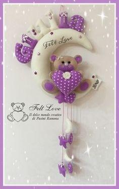 Baby Crafts, Felt Crafts, Handmade Crafts, Diy And Crafts, Crochet Baby Jacket, Bear Felt, Felt Wreath, Fabric Hearts, Patchwork Baby