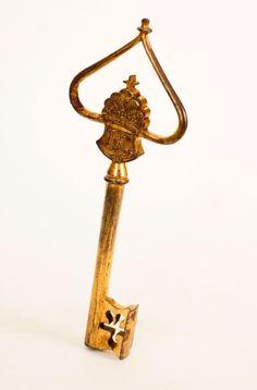 Chamberlain's key from the reign of Maria Theresa Hapsburg, 18th century         ©  Schloß Schönbrunn Kultur- und Betriebsges.m.b.H.  /Schloss Schönbrunn Kultur- und Betriebsges.m.b.H.