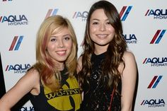 Does Miranda Cosgrove Keep in Touch With Jennette McCurdy? by Maggie Malach January 28, 2015 12:07 PM