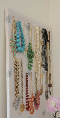 deliciously organized: DIY: Organize Necklaces on Cork-Board