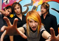 8th favorite band- Paramore. Another from the good days :) Farro brothers on the left, Hayley in the middle, and Jeremy on the right :)