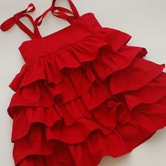 Ruffle Dress Pattern.... This is so sweet... I have GOT to learn to sew... Oh yeah and get a machine to do it with :-)