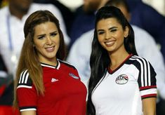 All football fans like to support their national teams by their presence at the stadium. Take a look at these 32 beautiful and hot cheerleaders that are supporting their team at the Football World Cup matches. Hot Football Fans, Football Cheerleaders, Football Girls, World Football, Soccer Fans, Football Players, Cheerleading, World Cup Match, Seductive Women