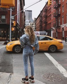 Denim On Denim Outfit Inspo Balenciaga rainers Street Style Moda Streetwear, Streetwear Fashion, Instagram Outfits, Disney Instagram, 90s Fashion, Autumn Fashion, Fashion Outfits, Urban Fashion, Fashion Clothes