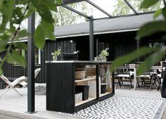 DIY: SAAREKE TERASSILLE | oblik. Outdoor Cabana, Outdoor Furniture Sets, Outdoor Decor, Backyard Patio, Outdoor Living, Pergola, Grill Station, Exterior, Cabin