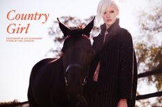 """REGBIT1: Modelo Bianca Hepburn por Zoe Economides em """"Count..."""