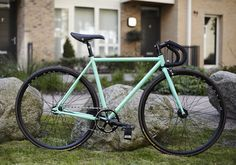 BLB Track - H+Son Archetypes with BLB components #BLB #track #fixedgear #fixie