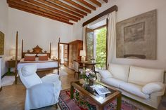 Spacious and light, decorated with Mallorcan antiques and local works of art, our roms exude individual identity, charm and atmosphere.