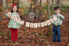 Christmas Card Photo Prop...  Cute for the whole family!: