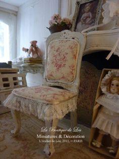 French Toile and lace chair Louis XV early XVIIIth by AtelierdeLea, €39.00