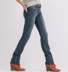 Straight-leg+belted+jeans