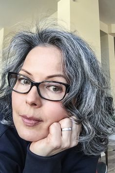 65 Trendy hair grey curly going gray - Hair Ideas ☽ - Beauty Tips and Tricks Grey Curly Hair, Red Brown Hair, Long Gray Hair, Silver Grey Hair, White Hair, Dark Hair, Curly Hair Styles, Going Gray Gracefully, Aging Gracefully