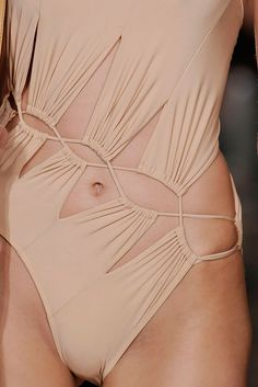 Emilio Pucci Spring 2010 Ready-to-Wear - Collection - Gallery - Style.com
