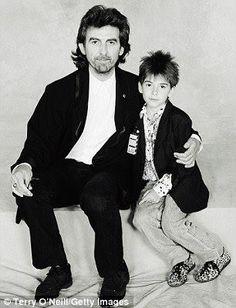 George e seu filho Dhani