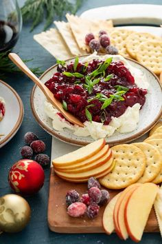 Easy Appetizer Recipes, Appetizer Dips, Appetizers For Party, Dessert Recipes, Desserts, Cranberry Cream Cheese Dip, Cream Cheese Dips, Yummy Snacks, Yummy Food