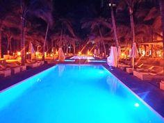 Like if you've experienced magic hour poolside!  Photo by Christian Horacio Negri  #guestphototuesday #GBHLife