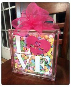 DIY Sweetheart Glass Block Tutorial {with FREE CUT FILE}