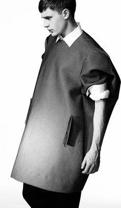Minimalist Mens Fashion Pinned by Ricky Richards Fashion Week, Mens Fashion, Style Masculin, Fashion Designer, Inspiration Mode, Minimal Fashion, Textiles, Editorial Fashion, Men Editorial