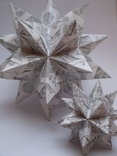 Bascetta-Stern: 30 Module gefaltet aus Recyclingpapier Schrift                                                                                                                                                                                 Mehr
