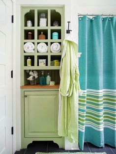 Organize your bath better with our tips here: http://www.bhg.com/decorating/decorating-photos/bathroom/better-bath-organization/?socsrc=bhgpin011515betterbath&bathroom