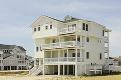 MADJOY - 5 bedrooms, 4.1 baths on the Rodanthe ocean front