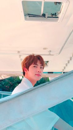 Kim Seok Jin Seokjin Worldwide handsome BTS on We Heart It Seokjin, Namjoon, Taehyung, Jimin, Bts Jin, Bts Bangtan Boy, Foto Bts, Bts Photo, Jonghyun