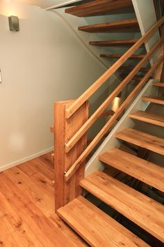Indoor Stair Railing, Staircase Railing Design, Banister Remodel, Front Wall Design, Stairs In Kitchen, Basement Windows, New Home Designs, Basement Remodeling, Stairways