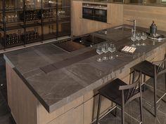 XLIGHT Premium SAVAGE Dark - #URBATEK #GAMADECOR #PORCELANOSA - Gres porcelánico de fino espesor - Porcelain Stone Tile, Marble Floor Tile - #precious #stones #marble #porcelain #tile #porcelaintiles #floors #walltiles #ceramics #design #architecture #minimalism #savage #brown #beige #inspiration #decor #kitchen #cocina #interior #countertop #encimera #home #hogar