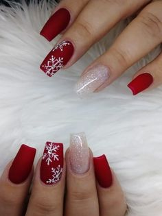 Nail art Christmas - the festive spirit on the nails. Over 70 creative ideas and tutorials - My Nails Christmas Gel Nails, Xmas Nail Art, Christmas Nail Art Designs, Holiday Nails, Nail Art For Christmas, Christmas Ideas, Cute Acrylic Nail Designs, Simple Acrylic Nails, Fall Acrylic Nails