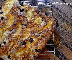 Torta mirtilli e mele- Blueberry and apple cake