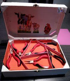 Ideadoamano: Caja de animalitos hecha con cajas de fresas